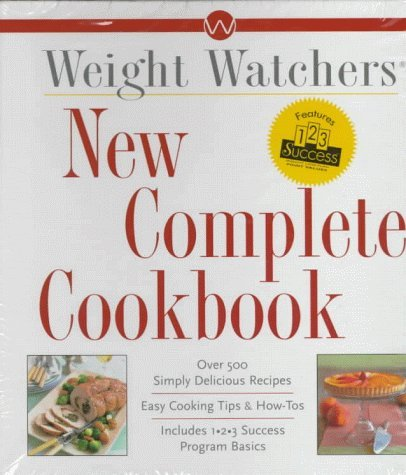 New Complete Cookbook: Over 500 Simply Delicious Recipes 9780028624495