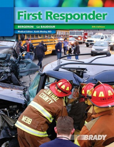 First Responder [With CDROM] 9780136140597