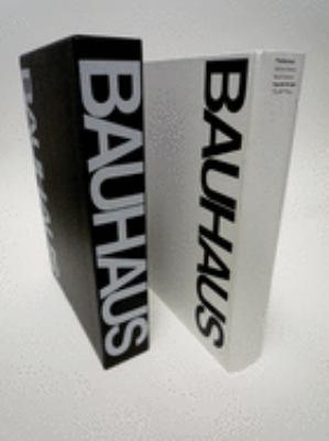 Bauhaus: Weimar, Dessau, Berlin, Chicago 9780262230339