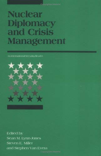 Nuclear Diplomacy and Crisis Management 9780262620789