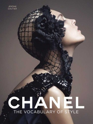 Chanel: The Vocabulary of Style 9780300175660