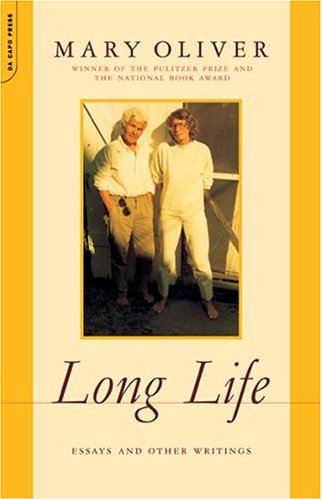 Long Life: Essays and Other Writings 9780306814129