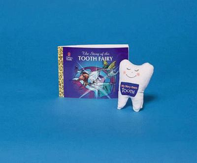 The Story of the Tooth Fairy [With Padded Tooth Pillow] 9780307304742