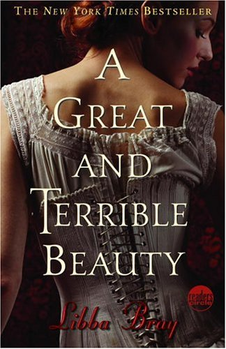 A Great and Terrible Beauty 9780385732314