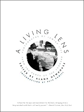 A Living Lens: Photographs of Jewish Life from the Pages of the Forward 9780393333916