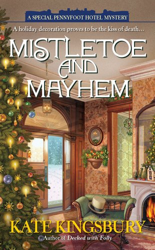 Mistletoe and Mayhem 9780425244562