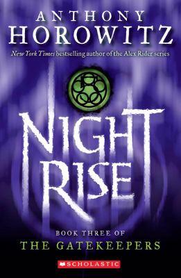 Nightrise 9780439680073