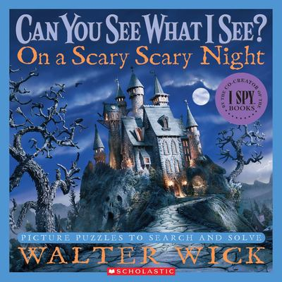 On a Scary Scary Night: Picture Puzzles to Search and Solve 9780439708708