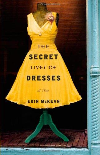 The Secret Lives of Dresses 9780446555722