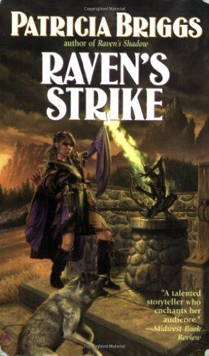 Raven's Strike 9780441013128