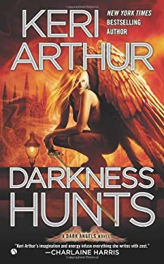 Darkness Hunts: A Dark Angels Novel 9780451237125
