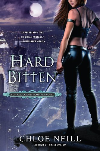 Hard Bitten: A Chicagoland Vampires Novel 9780451233325