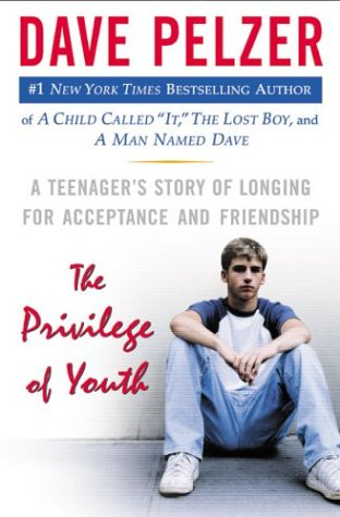The Privilege of Youth: A Teenager's Story of Longing for Acceptance and Friendship 9780525947691