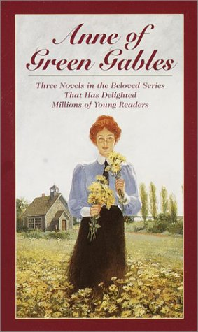 Anne of Green Gables, 3-Book Box Set, Volume I: Anne of Avonlea; Anne of the Island; Anne of Green Gables 9780553333060