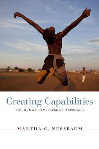 Creating Capabilities: The Human Development Approach 9780674050549