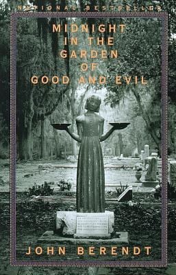 Midnight in the Garden of Good and Evil: A Savannah Story 9780679751526