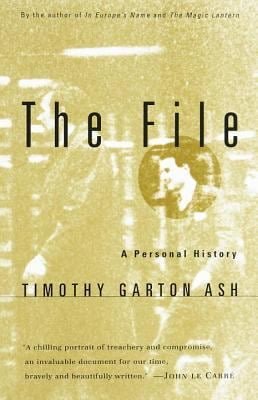 The File: A Personal History 9780679777854