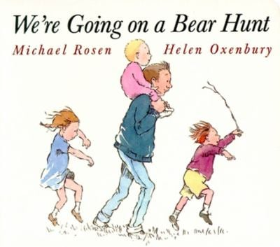 We're Going on a Bear Hunt 9780689815812