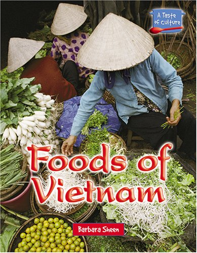 Foods of Vietnam 9780737734522