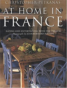 At Home in France: Eating and Entertaining with the French 9780753807088