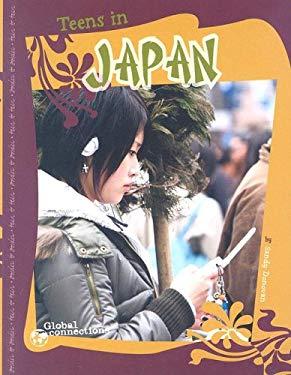 Teens in Japan 9780756531935