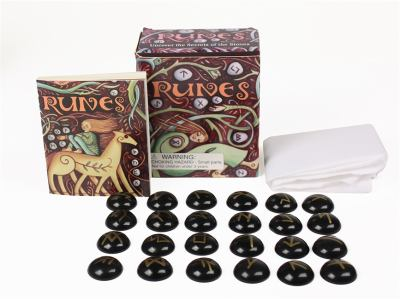 Runes [With 24 Glass Runes, Cloth and Black Velvet Bag] 9780762438136