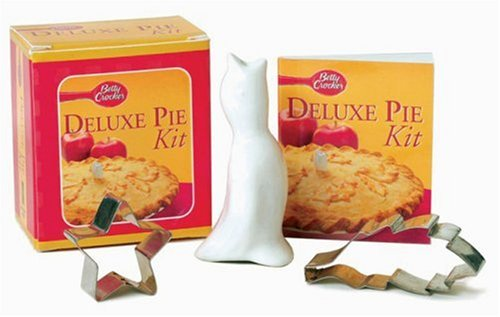 The Betty Crocker Deluxe Pie Kit [With Crust Cutters & Pie Vent] 9780762416028