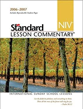NIV Standard Lesson Commentary 9780784716359