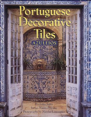 Portuguese Decorative Tiles: Azulejos 9780789204813