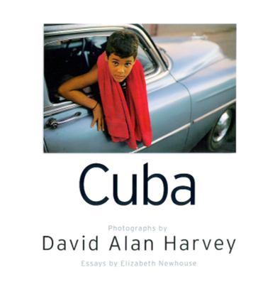 Cuba: Island at a Crossroad 9780792275015