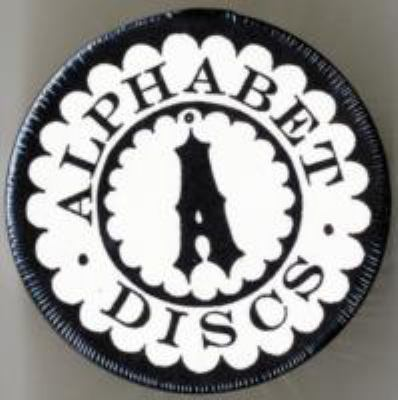 Alphabet Garland Box: Parlour Magic [With 36 Letter-Pressed Discs]