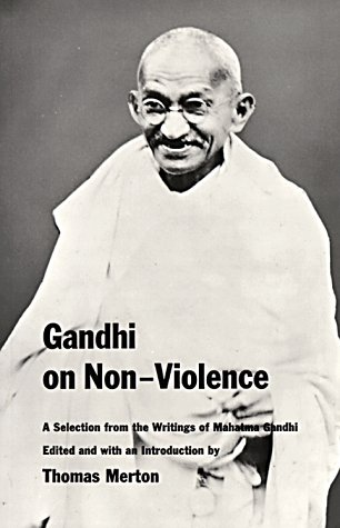 Gandhi on Non Violence 9780811200974