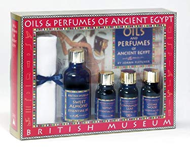 Oils and Perfumes of Ancient Egypt [With 8x8 Egyptian Cotton Towel and 3 Btls Essential Oils/1 Btl Sweet Almond Base Oil] 9780810936973