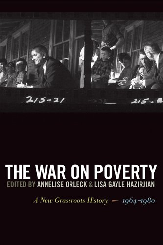 The War on Poverty: A New Grassroots History, 1964-1980 9780820339498