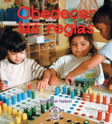 Obedecer las Reglas = Following Rules 9780822531821