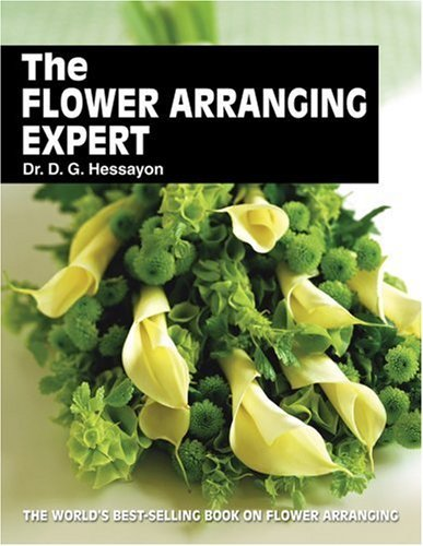 The Flower Arranging Expert 9780903505413