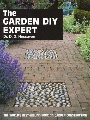 The Garden DIY Expert 9780903505376