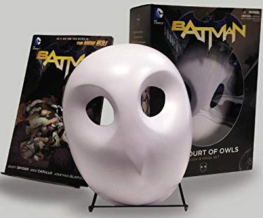 Batman: The Court of Owls Mask and Book Set (The New 52) (Batman: the New 52)