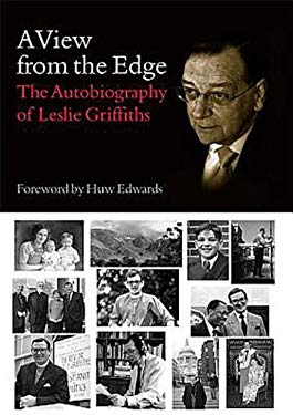 A View from the Edge: The Autobiography of Leslie Griffiths 9781426716690