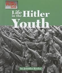 Life in the Hitler Youth 9781560066132