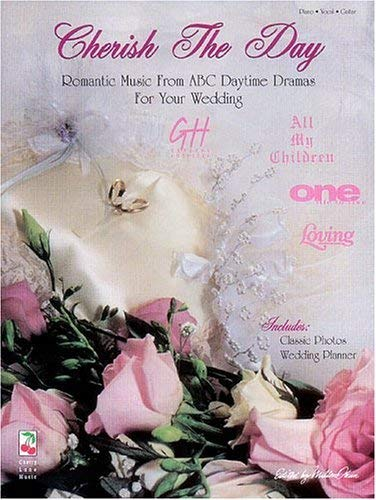 Cherish the Day [With 8-Page Wedding Planner] 9781575600642