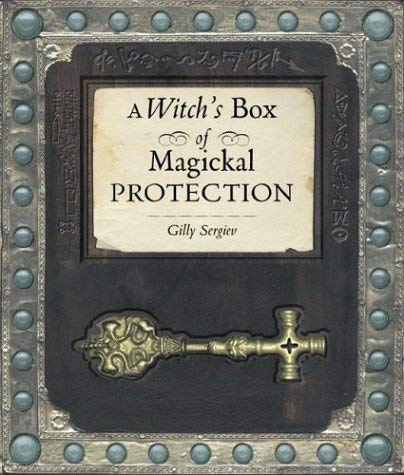 A Witch's Box of Magickal Protection [With BookWith Candle, Scroll, Pentacle & Pouch] 9781582972626
