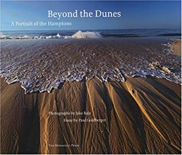 Beyond the Dunes: A Portrait of the Hamptons 9781580932035