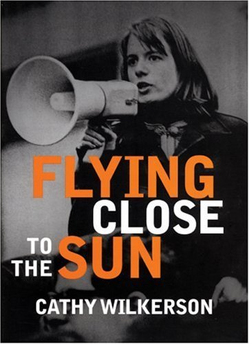 Flying Close to the Sun: My Life and Times as a Weatherman 9781583227718