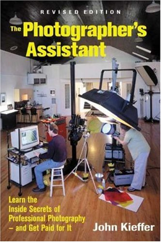 The Photographer's Assistant 9781581150803
