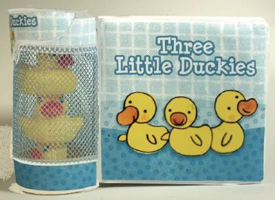 Three Little Duckies [With 3 Rubber Duckies] 9781584763529