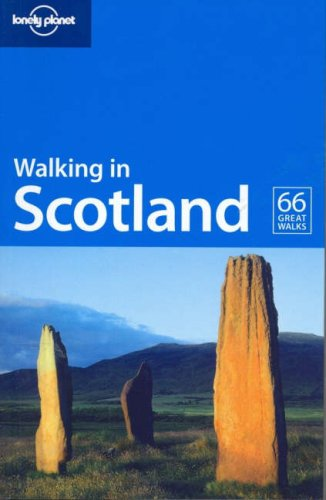 Walking in Scotland 9781741042030