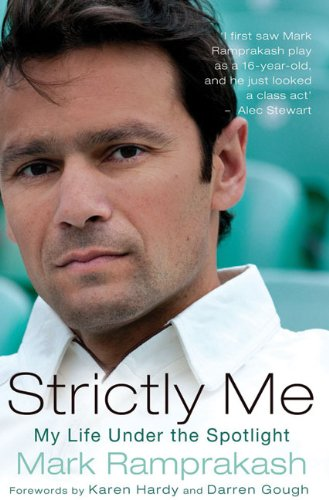 Strictly Me: My Life Under the Spotlight 9781845965129