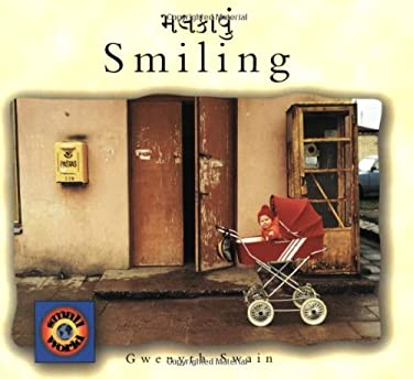 Smiling (English-Gujarati) 9781840591170