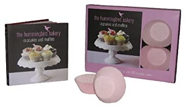 The Hummingbird Bakery Cupcake Kit [With 100 Cupcake Cases] 9781845979935